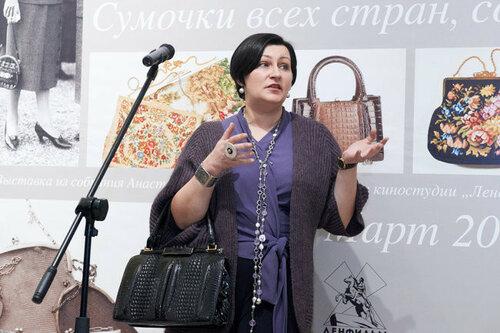 В Питере проходит выставка «Сумочки всех стран, соединяйтесь!»