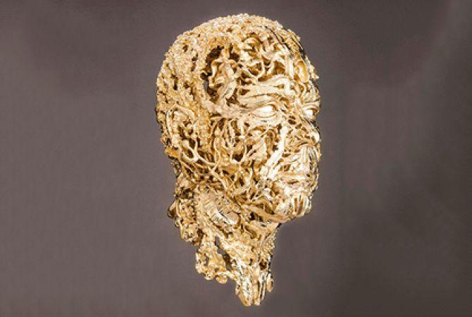 Бюст Князя Монако весит 13 кг золота