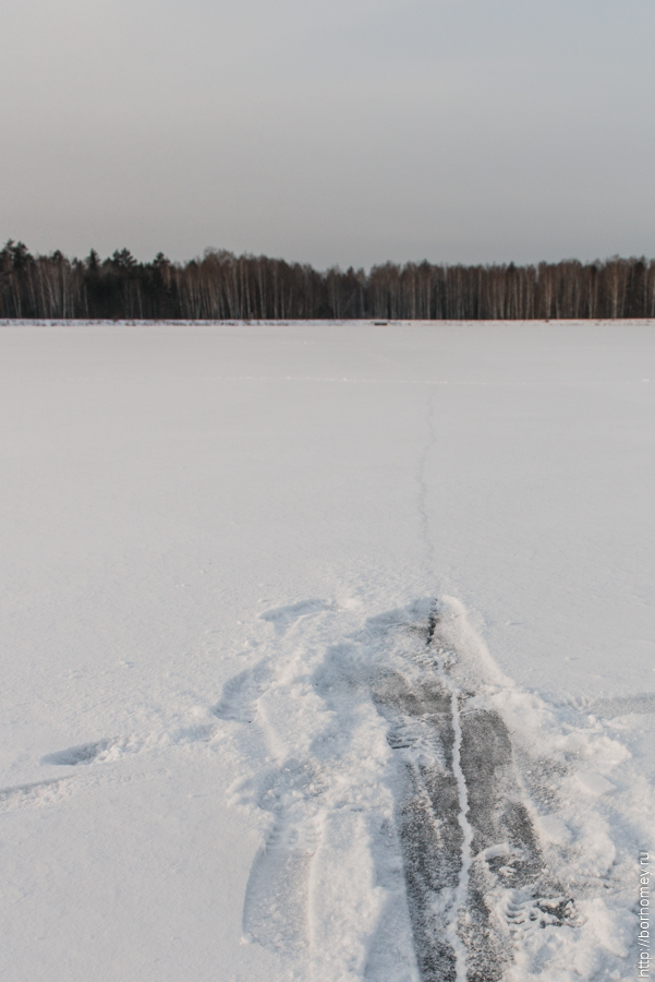 разлом льда на протяжке