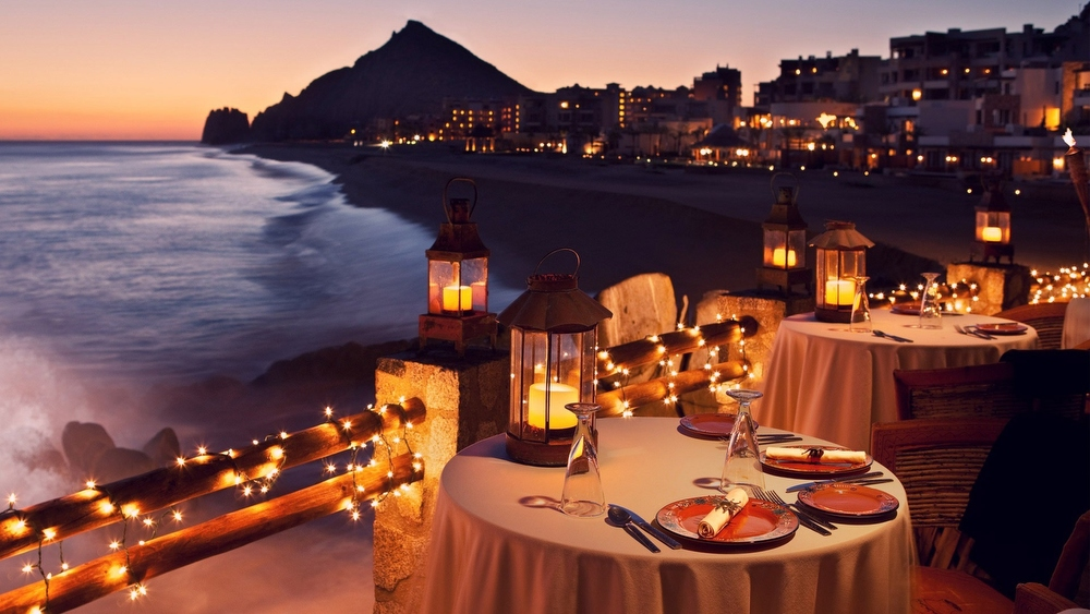 Gala Dinner Обязательный праздничный ужин, если ваше пребывание в отеле приходится на день рождения,