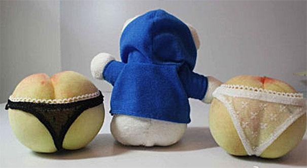 Китайские персики в эротической упаковке