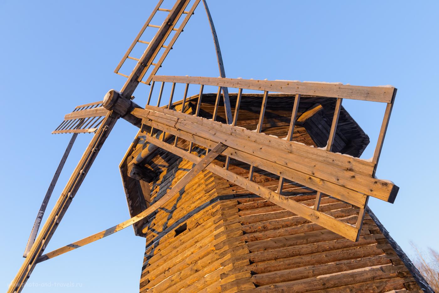 """Фото 7. Ветряная мельница в музее под открытым небом """"Хохловка"""". Куда поехать на выходные из Перми. 1/80, 0.33, 320, 24."""