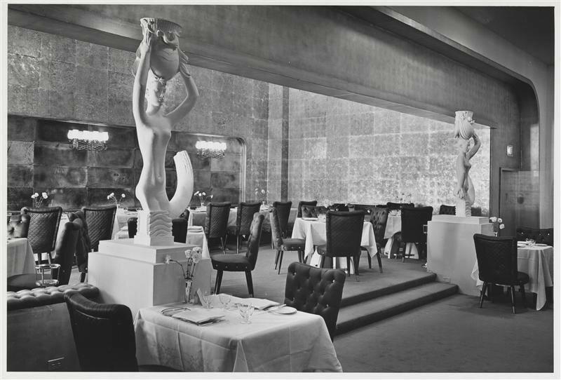 Italian Line Restaurant at the 1939 New York World's Fair.jpg