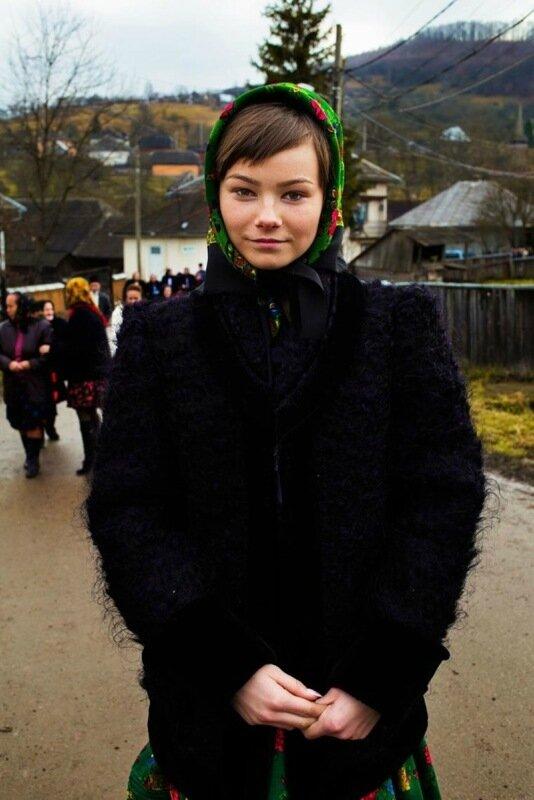 Михаэла Норок, «Атлас красоты»: 155 фотографий красивых женщин из 37 стран мира 0 1c620a 11f2534a XL