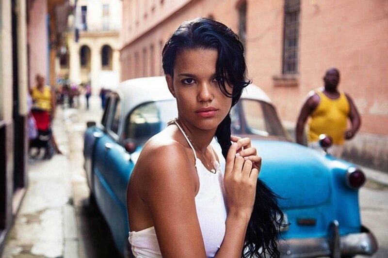 Михаэла Норок, «Атлас красоты»: 155 фотографий красивых женщин из 37 стран мира 0 1c621d 8eab3bbb XL