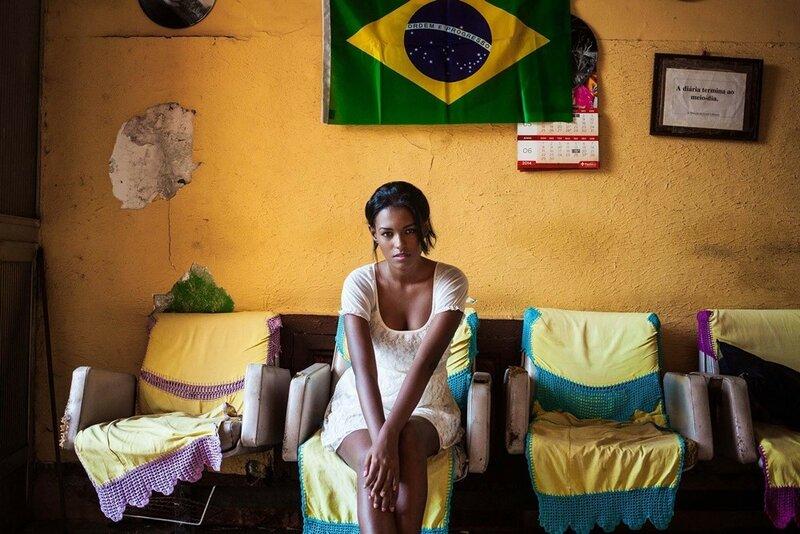 Михаэла Норок, «Атлас красоты»: 155 фотографий красивых женщин из 37 стран мира 0 1c6251 579445 XL