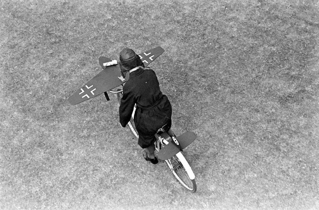 AIR ENTRAINEMENT - 1942 5.jpg