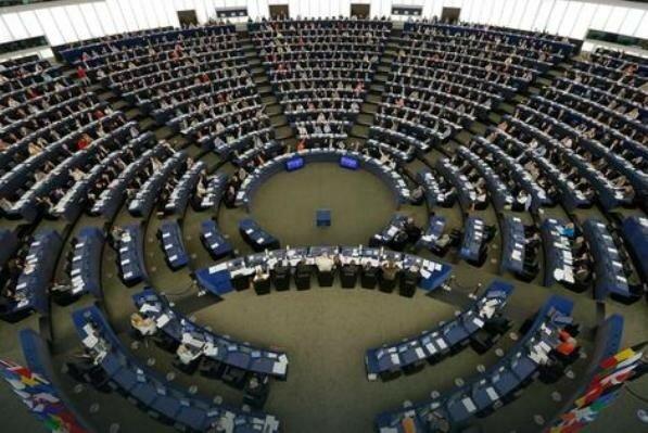 Евросоюз, Европарламент, Косово, Сербия