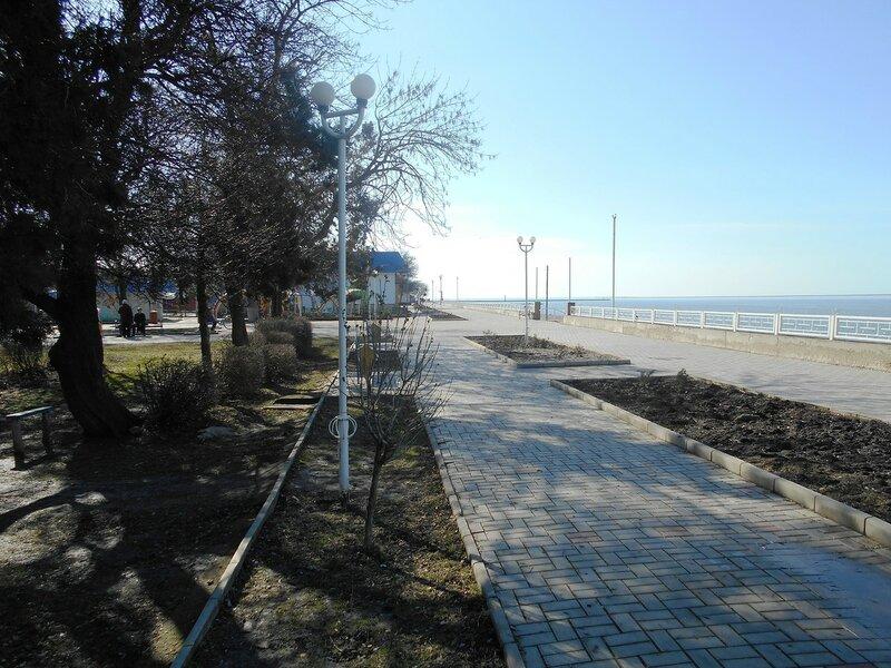 На набережной, в день солнечный зимний ... DSCN3907.JPG