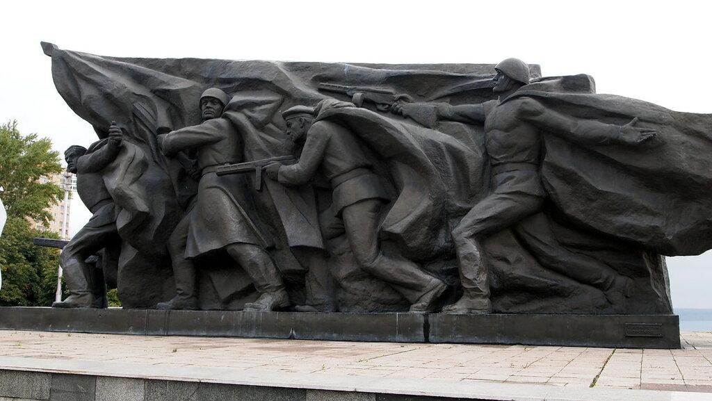 известные памятники в россии в честь победы нереально