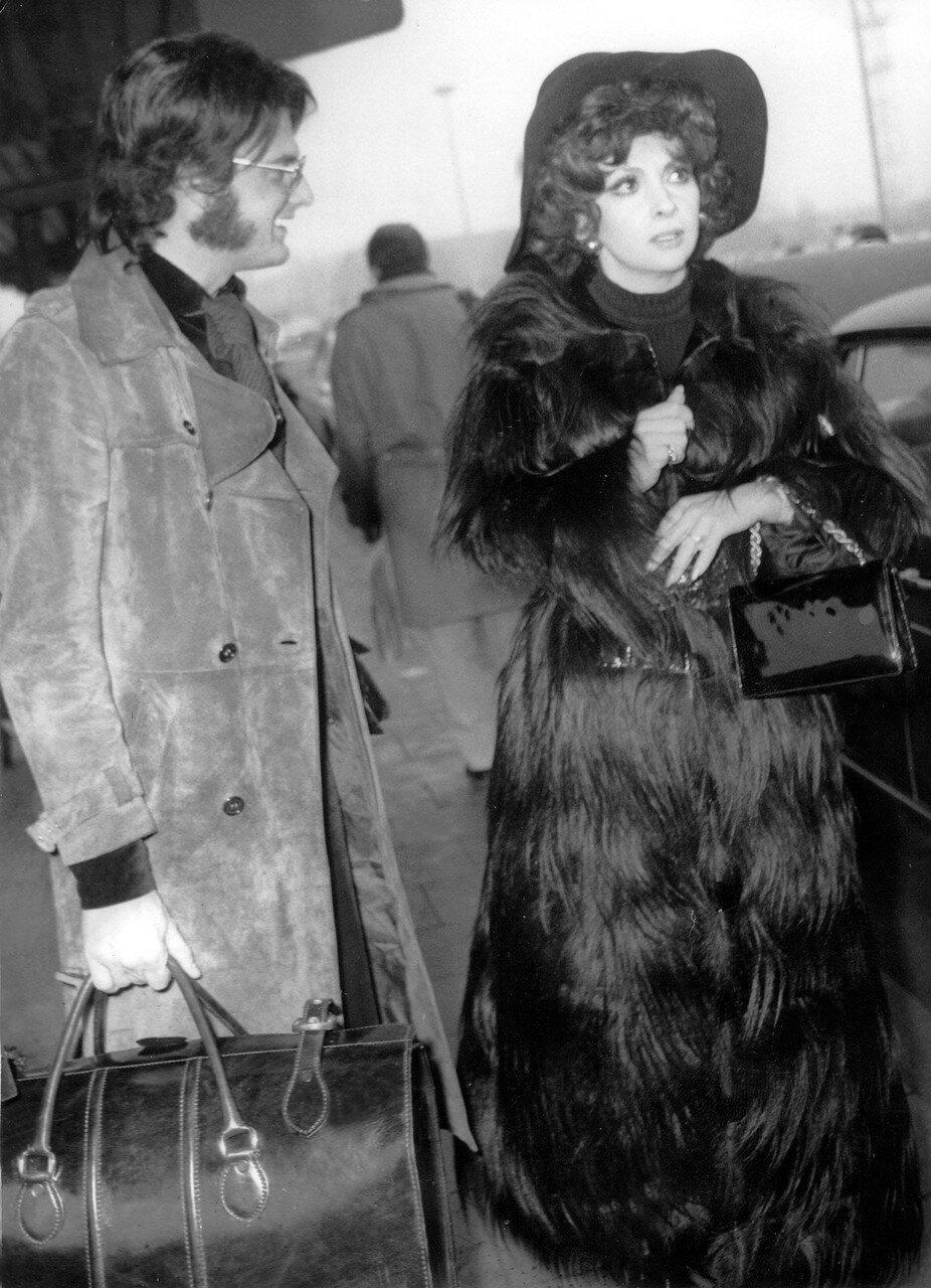 Rudolph MOSHAMMER und Gina LOLLOBRIGIDA 1972