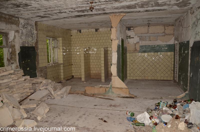 здание под ремонт мусор