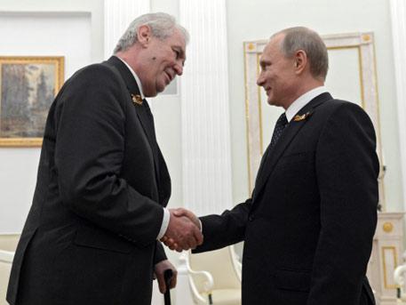 Президент Чехии предсказал объединение России с EC