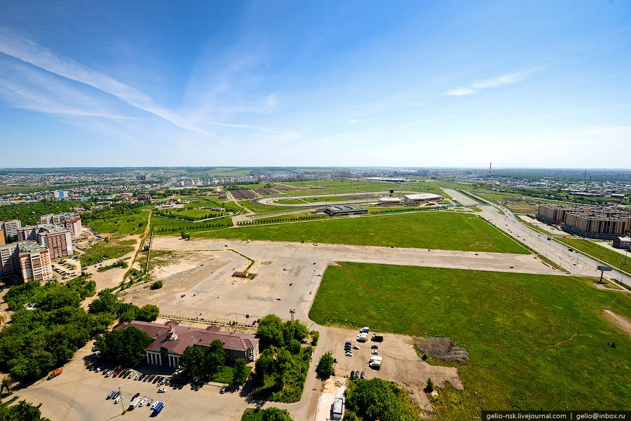 Территория старого аэропорта