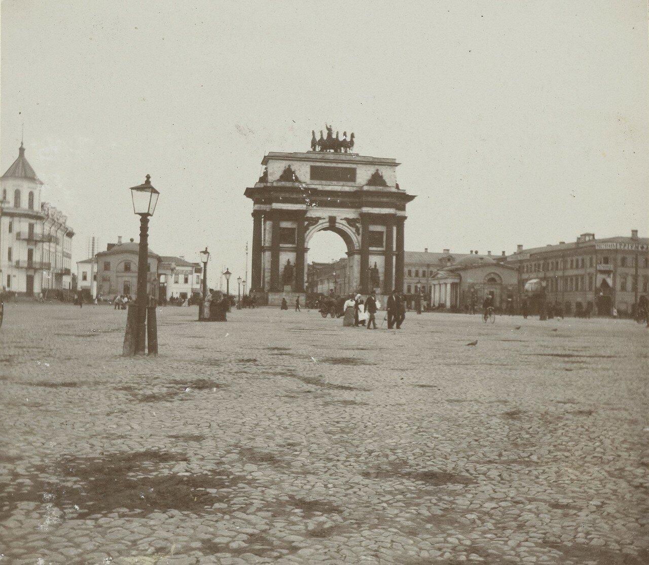 425. Триумфальные ворота Александра I. 1878