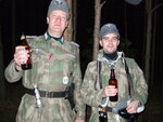 Konan i Pasha pivo.jpg