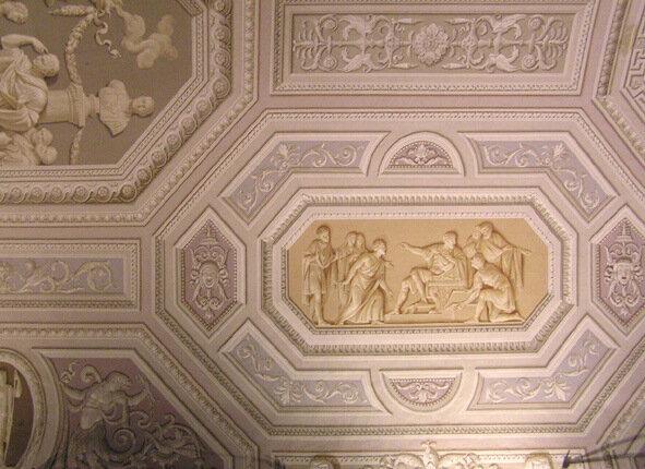 """Ватикан. Плафон галереи. """"Гризайль"""""""
