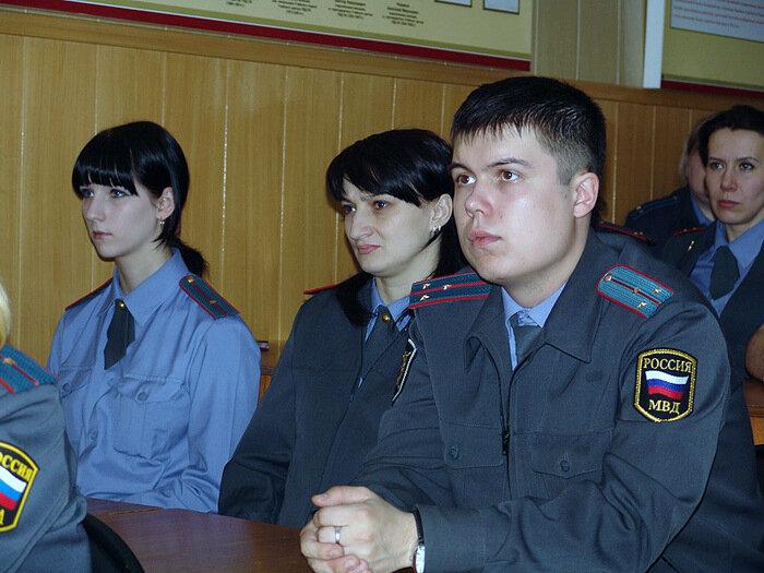 В УВД по Приморскому краю состоялась встреча ветеранов-чернобыльцев со слушателями учебного центра