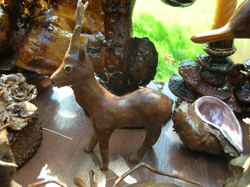 Набережная - Поделки из коряг (олененок)