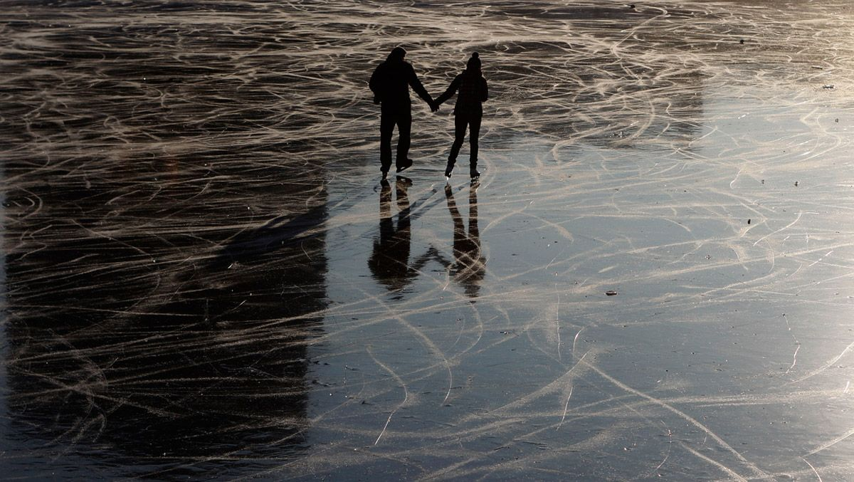 Вода знаменитых каналов Венеции (Италия) частично замёрзла - 3 февраля 2012 года