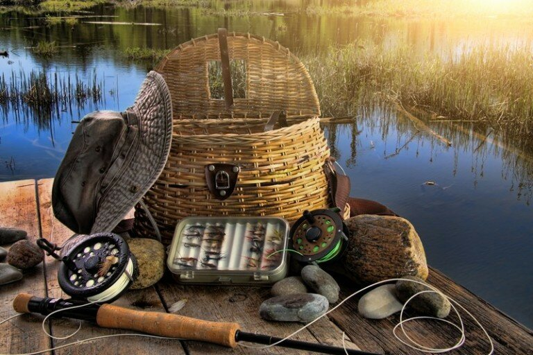 Купить тушенку высокого качества и взять на рыбалку