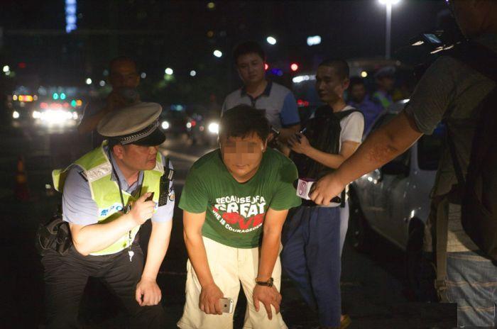 Наказание за езду с дальним светом фар в Китае
