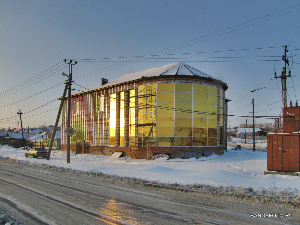 Троицк, здание на пересечении улиц Краснопартизанская/Аппельбаума
