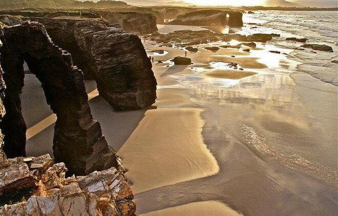 Пляж Кафедральных Соборов. Испания