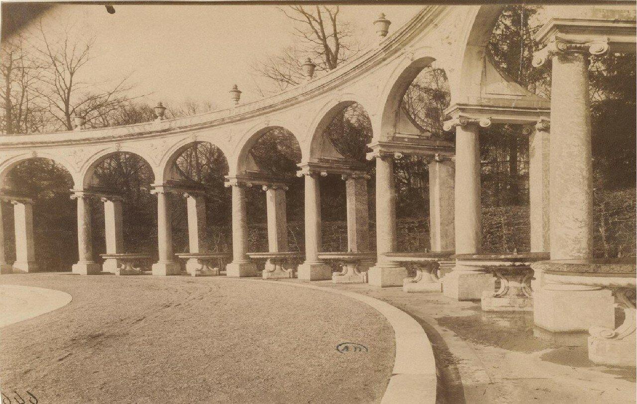 Парк Большого Трианона. Роща колоннады