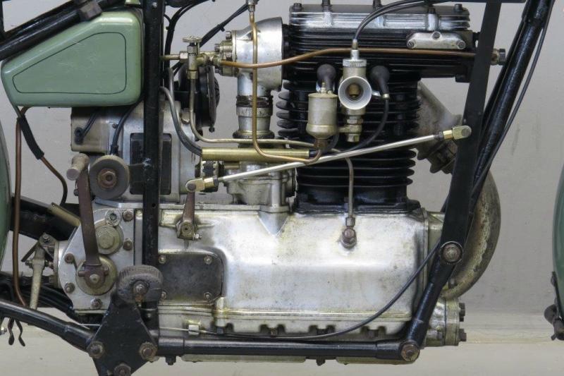 Royal-Standard-1929-2508-2.jpg