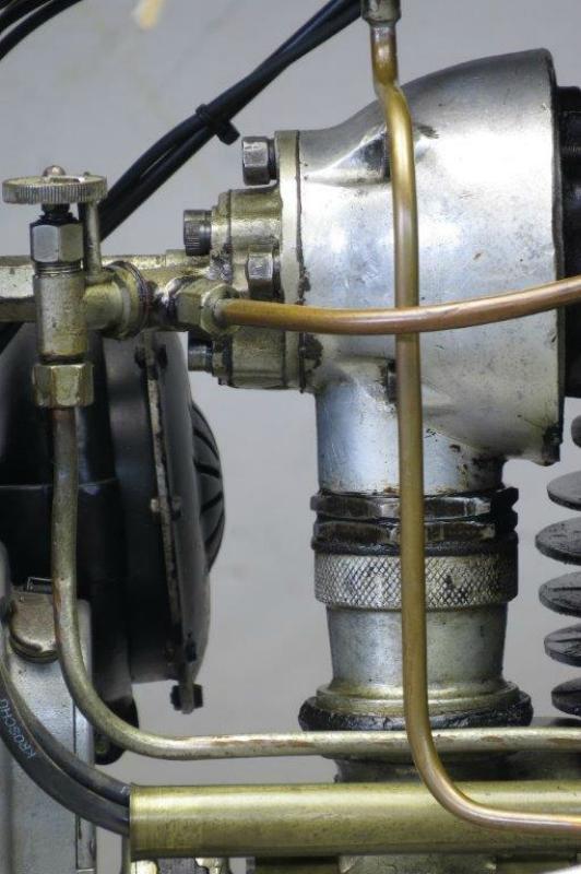 Royal-Standard-1929-2508-8.jpg