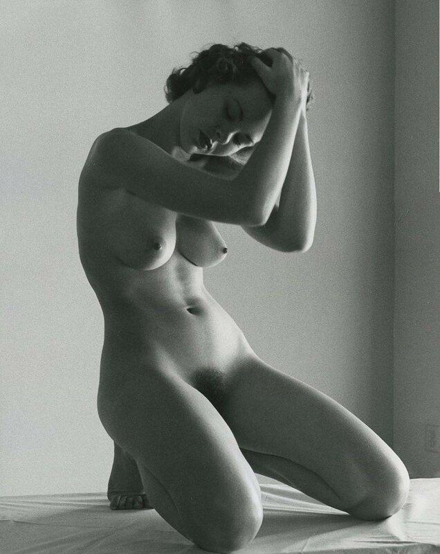 Фото женское ню