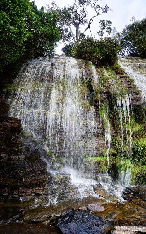 Часть водопада Ача.