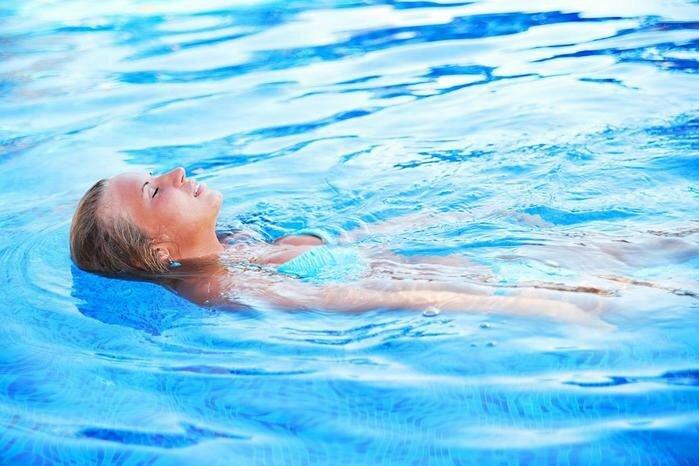 Бассейн: польза для здоровья и фигуры