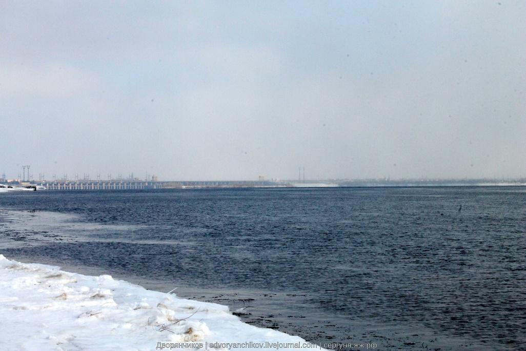 Волгоград - Волга река - 21 февраля 2016 - тракторный