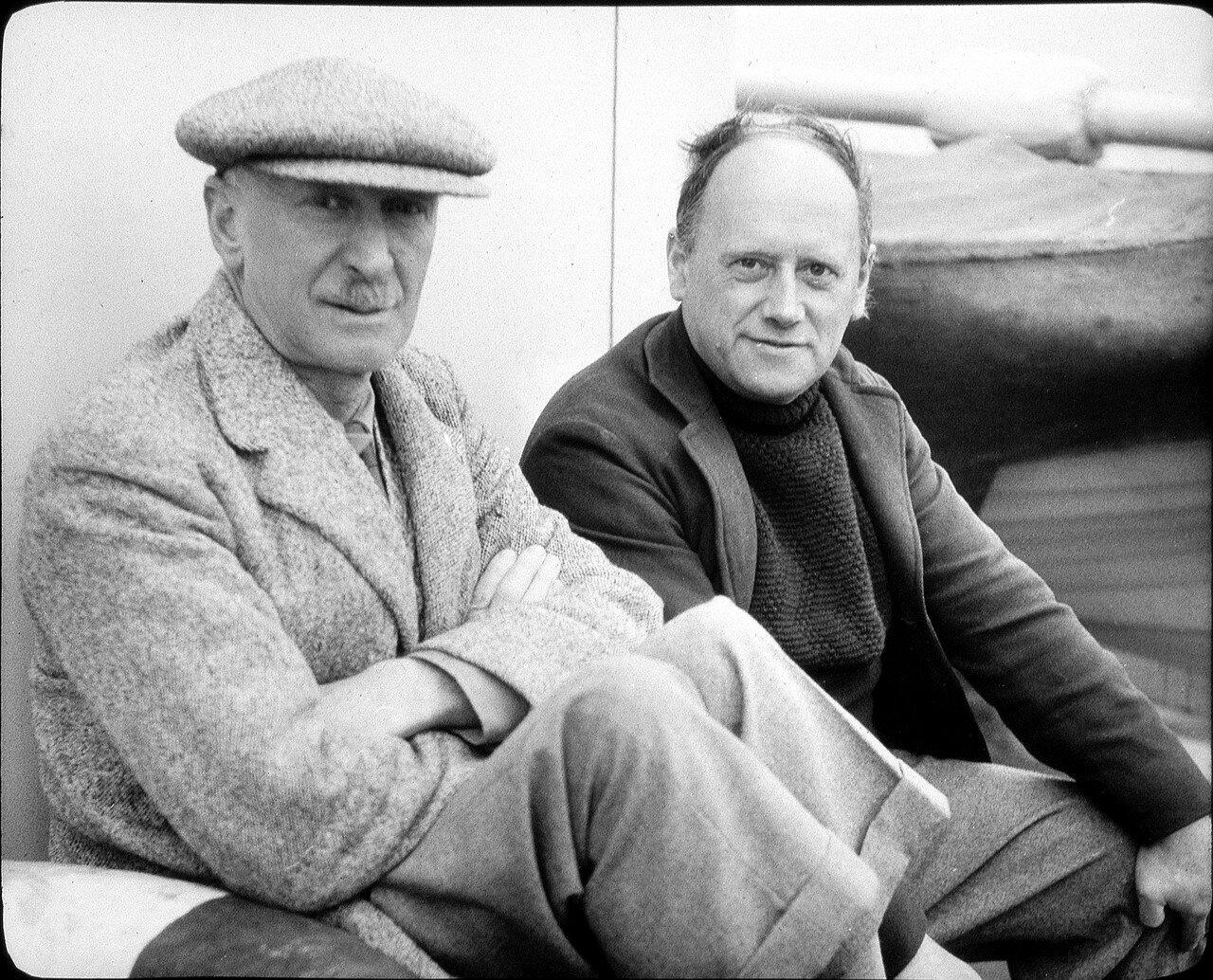 1937. Профессор Джонс (Кембридж) и Гордон (Лондон)