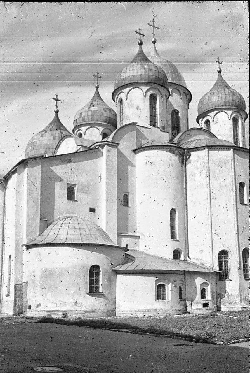Новгород. Кафедральный собор