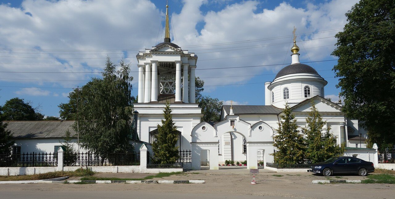 храм при кладбище