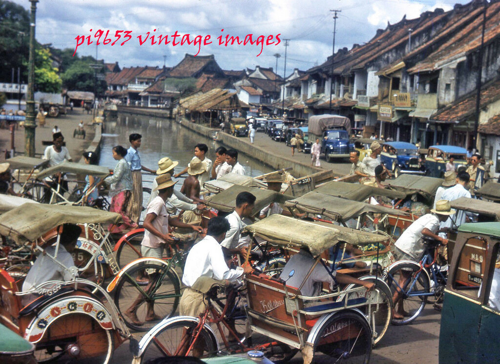 1940s Java Old Batavia Djakarta Street Scene Traffic.JPG