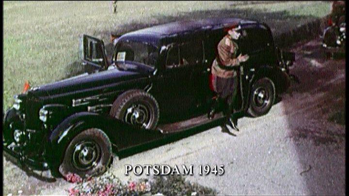 1945 Паккард Супер 8 1937 года в Потсдаме.jpg