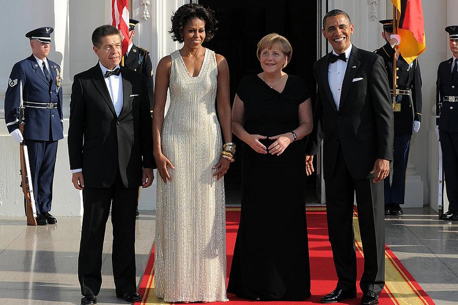 Обама и Меркель.png