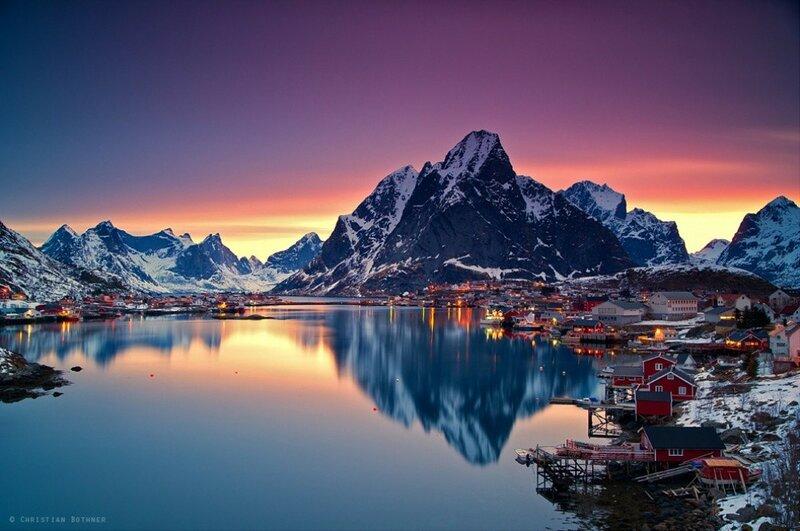 Белые ночи на Лофотенских островах в Норвежском море