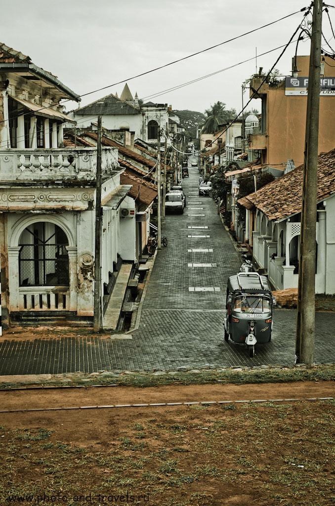 Фотография 8. Старые улочки форта Галле (Fort Galle) на Шри-Ланке. Отзывы туристов о поездке на машине из курорта Хиккадува. Рекомендую устроить эту экскурсию по дороге в город Тиссамахарама.