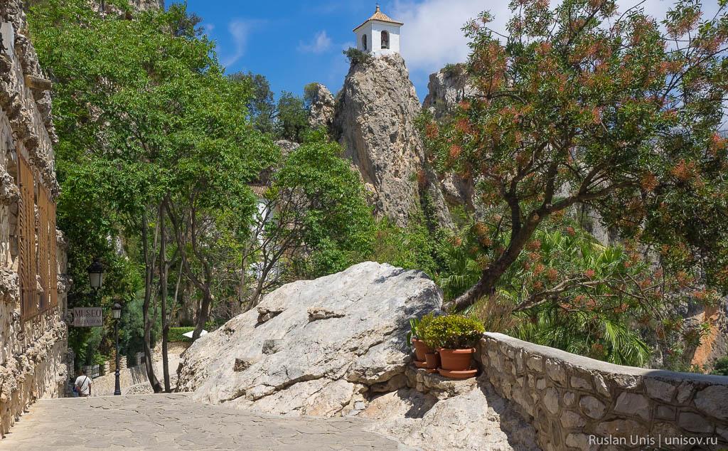 Крепость Квадалест Испания