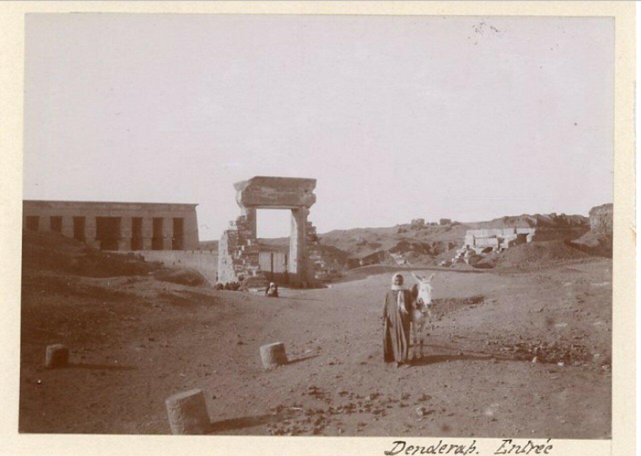 1890-е. Арка Траяна и вход в храм