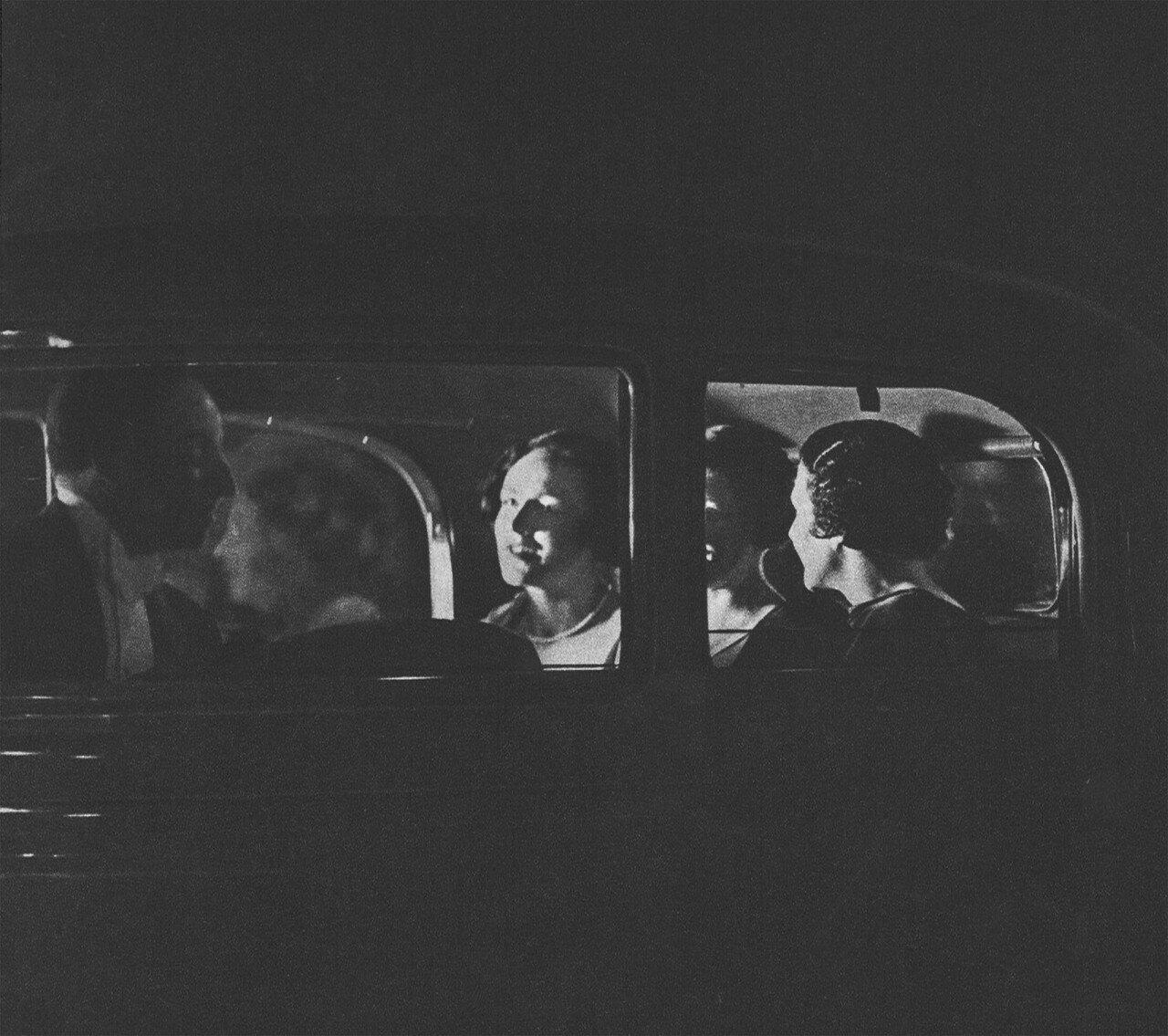 1930. В лимузине