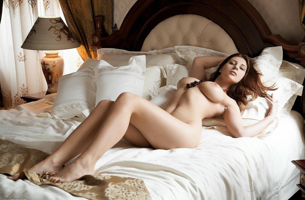 фото голой женской сими - 13