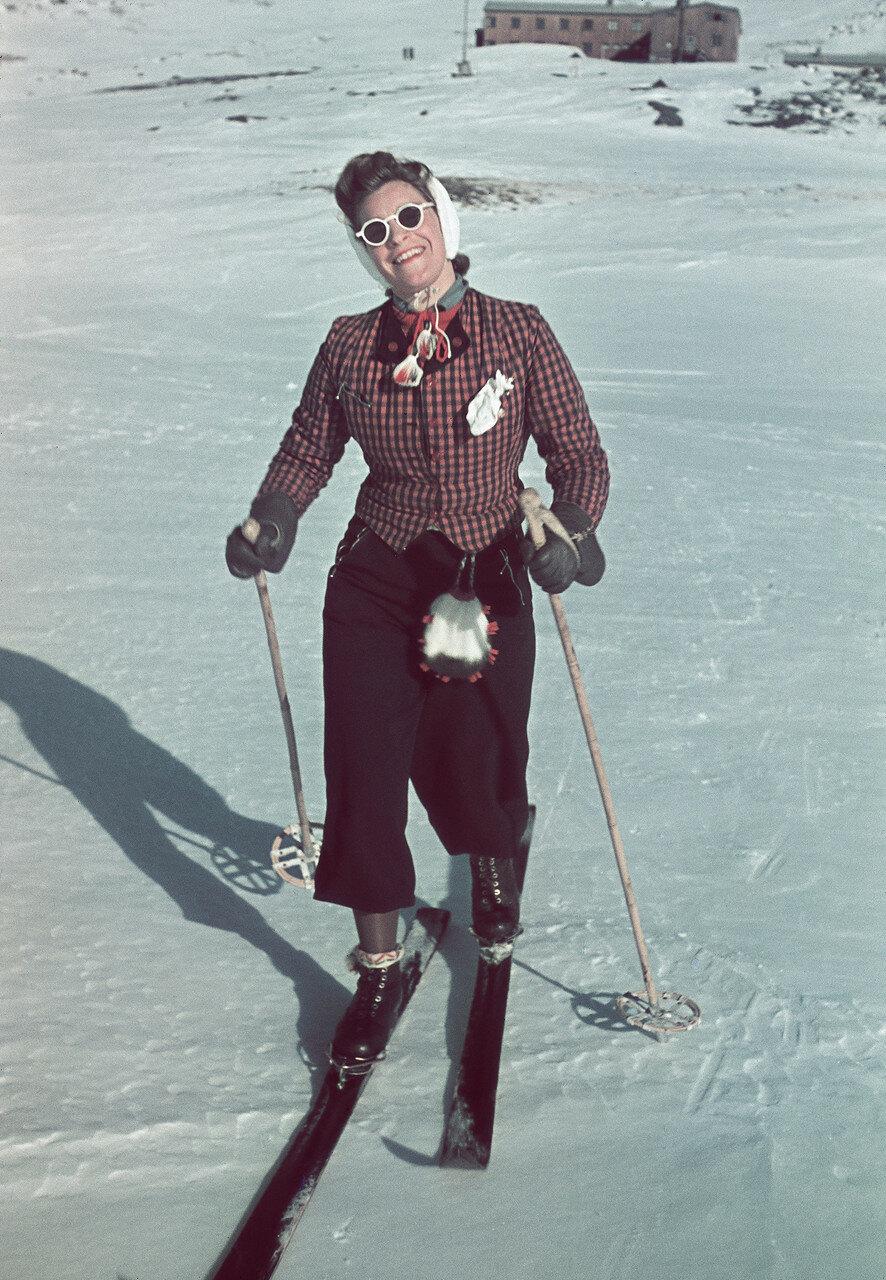 1941 Sweden by Lundh Gunnar2.jpg