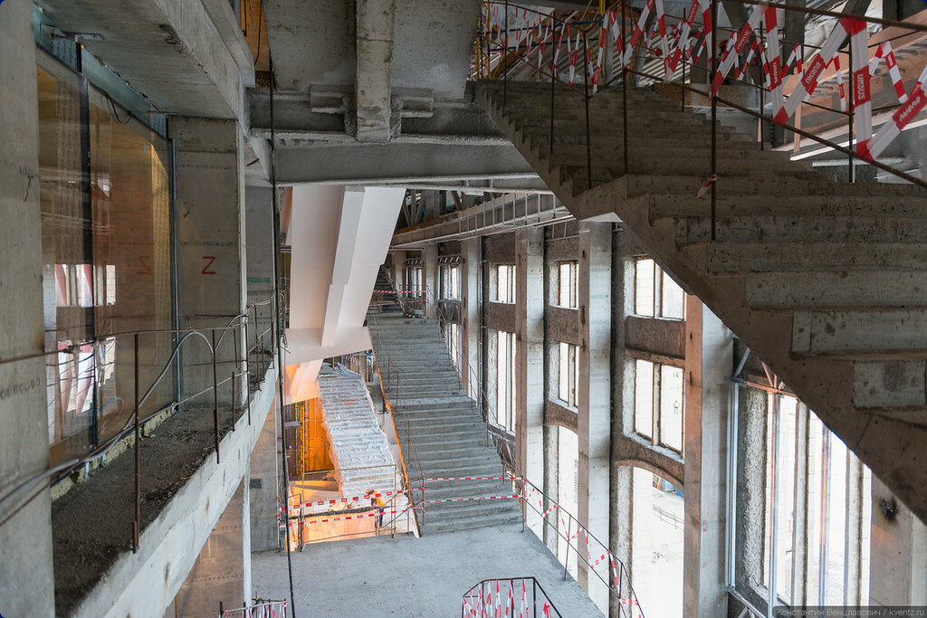 Снова лабиринт лестниц
