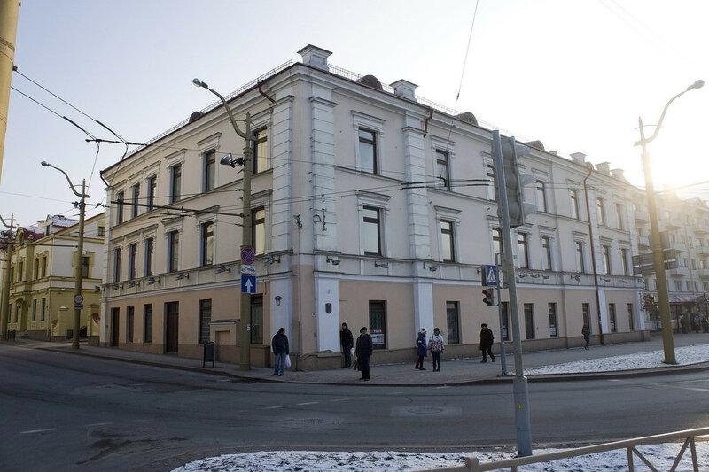 2016-01-07_056, Белоррусия, Гродно, Советская площадь, дом Стэфана Баторыя.jpg